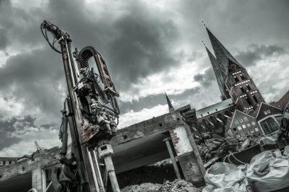 science fiction vs. mittelalter