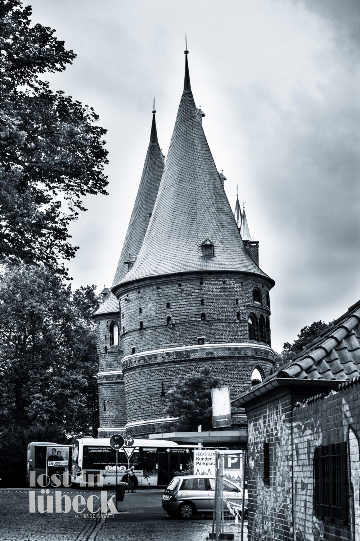 Wallstrasse Lübeck Blick aufs Holstentor andere Seite