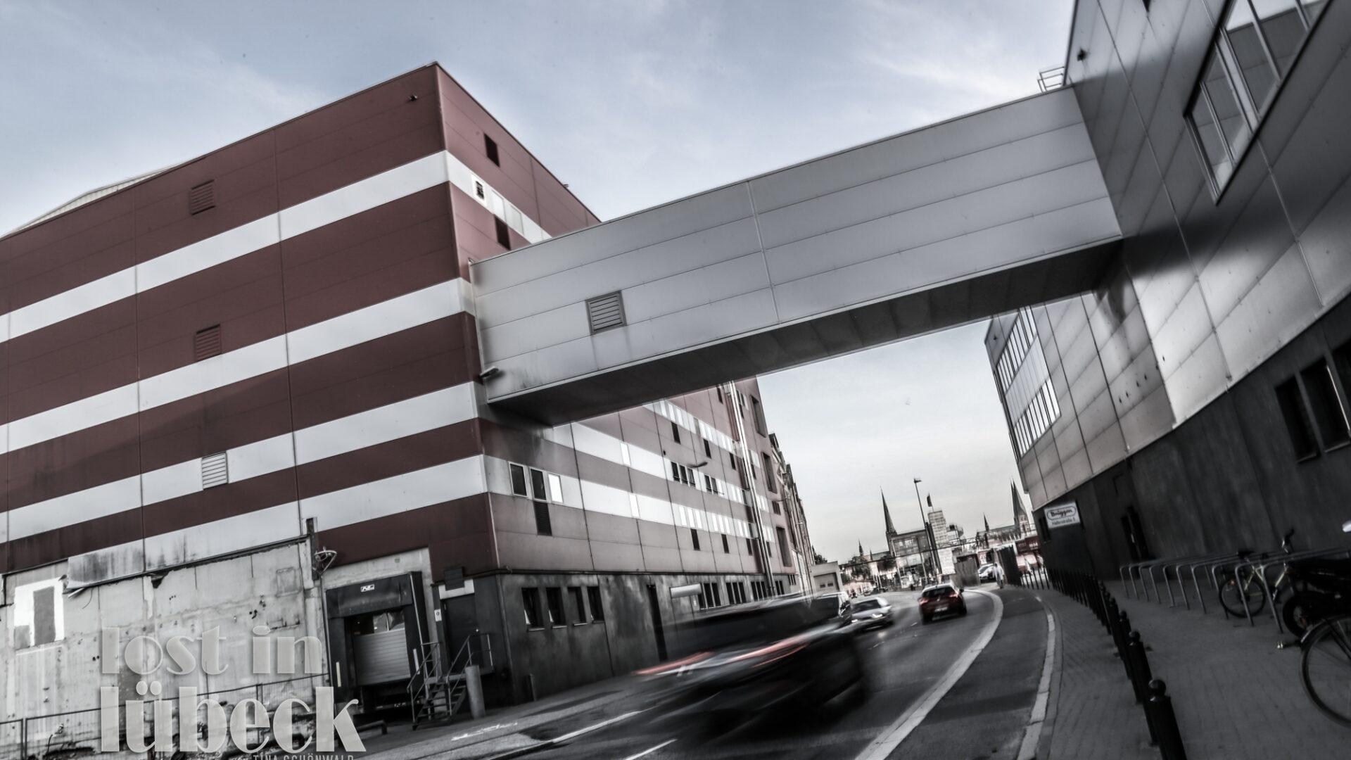 Hafenstrasse Lübeck Blick auf Brüggen die Cornflakesfabrik