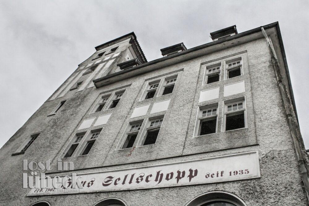 Moislinger Allee Lübeck Sellschopp Haus Abrissruine, Lost in Lübeck