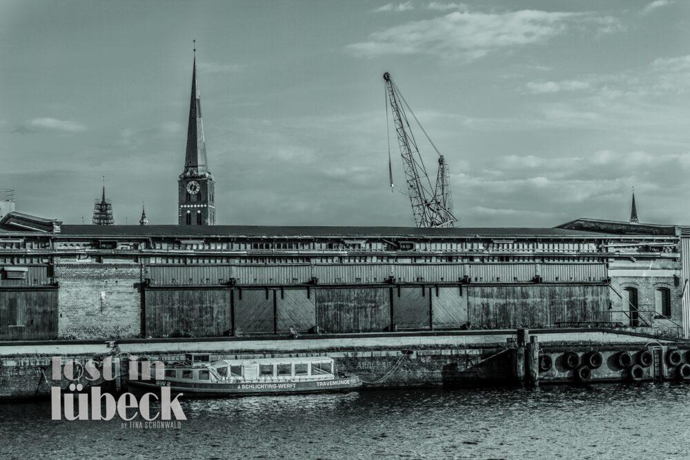Willy Brandt Allee Lübeck alte Hafenschuppen der Schlichtingwerft